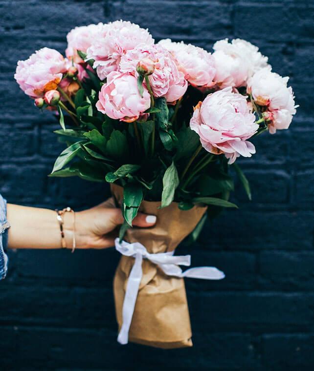 Individuell auf Ihre Bedürfnisse gebundener Blumenstrauss bei Blumen Bachhubers Florale Welten in Zwiesel
